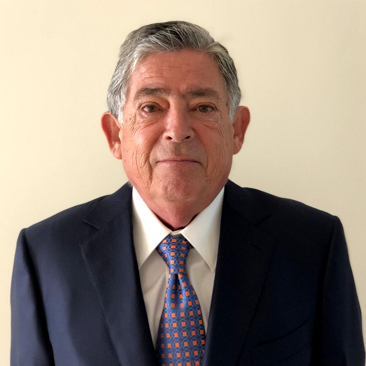 José A. Benegas Lynch