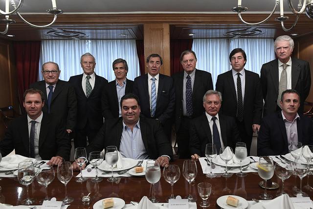 Triaca se reunió con la mesa directiva de ADEBA