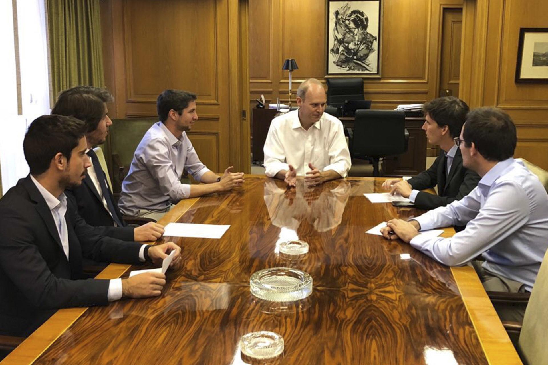ADEBA Joven se reunió con Javier Bolzico, director  ejecutivo de ADEBA