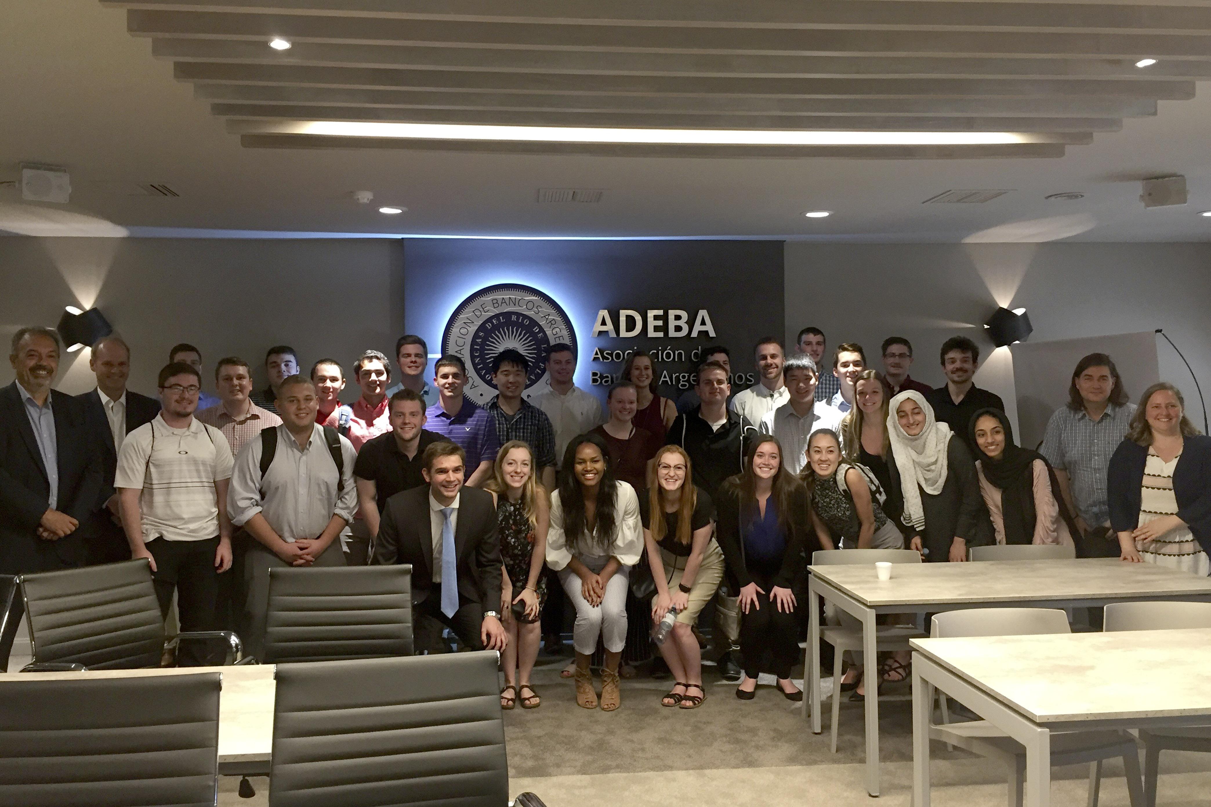 ADEBA recibió a los alumnos de la universidad de Minnesota