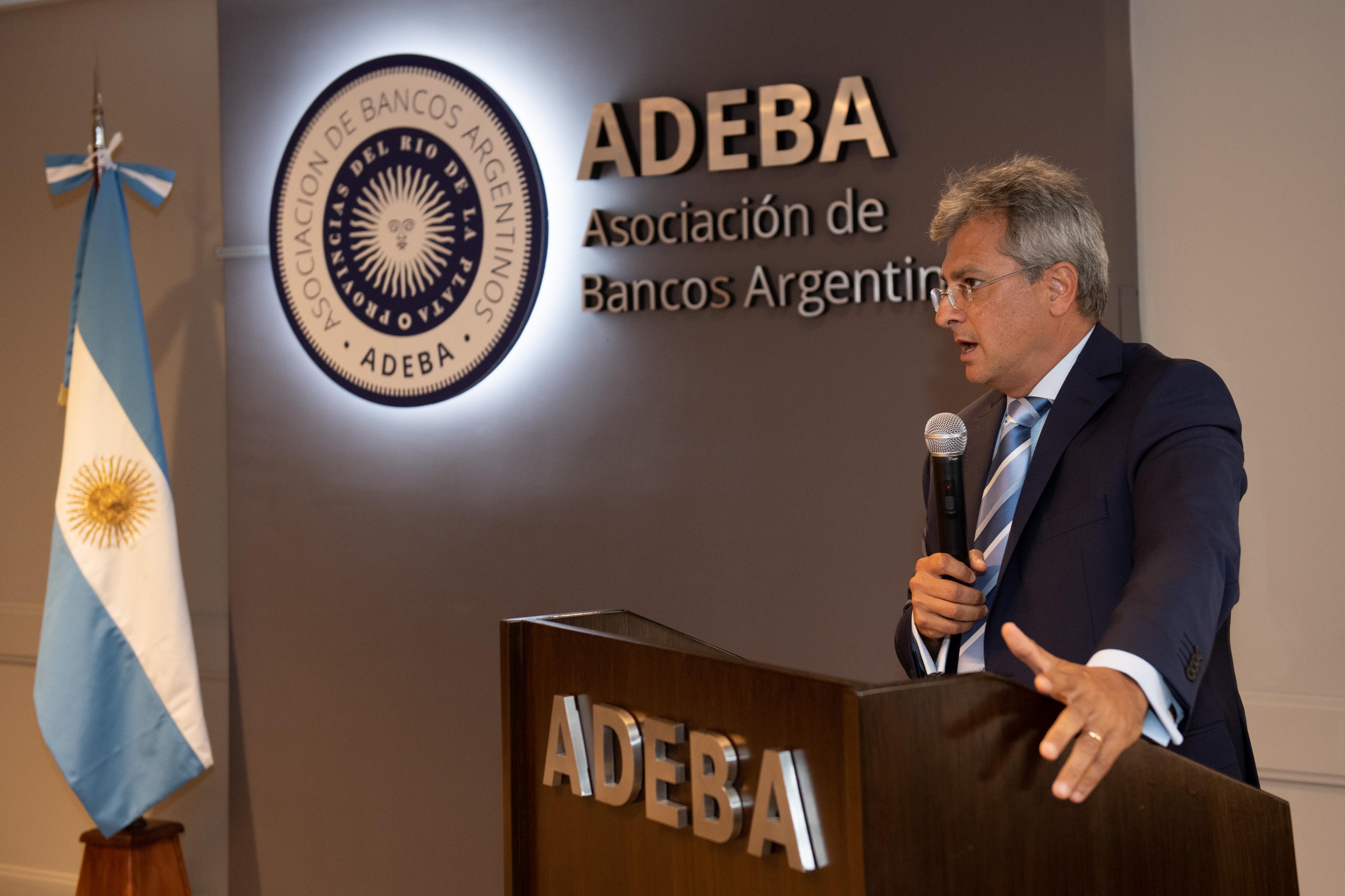 Flavio Buchieri, ganador del Premio ADEBA 2019