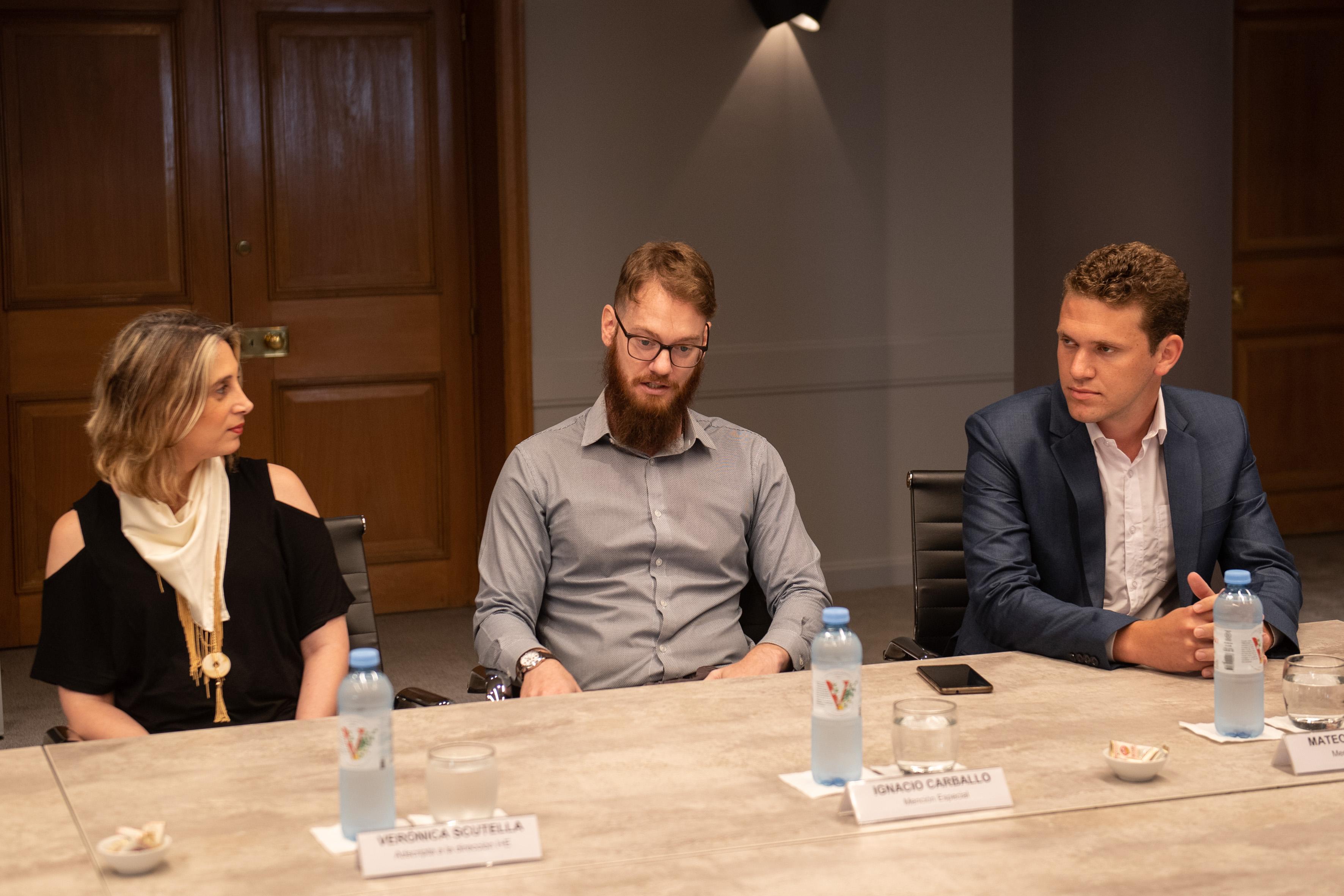Verónica Scutella, adscrpta a la Dirección del I+E, Ignacio Esteban Carballo y Mateo Bartolini